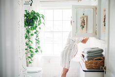 simple bathroom | grey towels