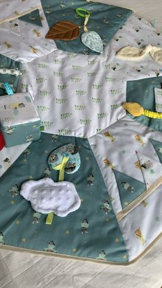 Baby Sensory, Sensory Activities, Infant Activities, Kids Room Organization, Baby Sewing Projects, Diy Presents, Boy Quilts, Baby Learning, Baby Decor
