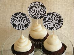 Who doesn't like #chocolate #cupcakes?  I'm trying this #recipe and giving them away to my friends!