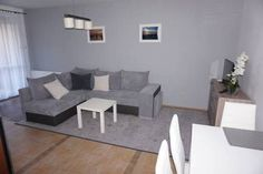 Apartament Amber Baltic I Ko?obrzeg Located 1.5 km from Ko?obrzeg Lighthouse, Apartament Amber Baltic I offers accommodation in Ko?obrzeg. The unit is 1.5 km from Kolberg Pier. Free WiFi is featured throughout the property.