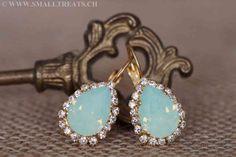 Minze Opal Tropfen Ohrringe mit Strasssteinen - Vergoldet - Small Treats Drop Earrings, Jewelry, Fashion, Bridesmaid Earrings, Mint, Bridesmaids, Jewellery Making, Moda, Jewels