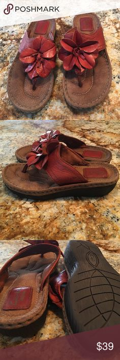 Clarks Artisan leather sandals Clarks Artisan soft leather sandals with flower in nutmeg color Clarks Shoes Sandals