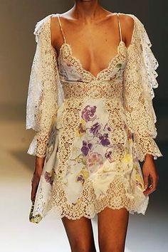 Wedding Ideas - Valentino : See more about wedding gowns, haute couture paris and balenciaga. Love Fashion, Runway Fashion, High Fashion, Womens Fashion, Fashion Design, Romantic Fashion, Romantic Lace, Steampunk Fashion, Gothic Fashion