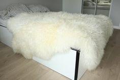 Luxus cremig weiß Schaffell werfen Pelzigen werfen Fell Fur Bed Throw, Sheepskin Throw, Fur Blanket, Faux Fur Throw, Bed Throws, Sheepskin Coat, Fur Bedding, White Bedding, Fluffy Blankets