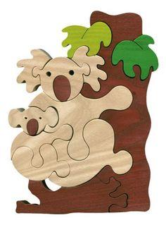 Puzzle koala en bois massif écologique. Tient debout grâce à une très belle épaisseur des pièces. Très bonne qualité. Fabriqué en Hongrie.