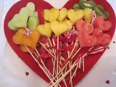 Healthy heart fruit skewers - perfect treat for little ones on Valentine's Day