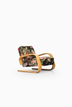 Alvar Aalto tank chair by Artek in Hedemora at Studio Schalling