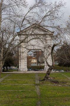 Lisboetas Arch, Sidewalk, Outdoor Structures, Garden, Outdoors, Lisbon, Bow, Garten, Arches