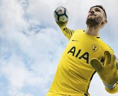 Goalkeeper jersey 2017 18 season Tottenham Hotspur Football a179f0b25