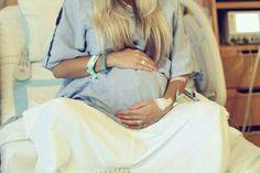 Imagen vía We Heart It https://weheartit.com/entry/152811471/via/28421495 #adorable #baby #Dream #dreams #familia #family #future #gravida #gravidez #kids #momanddad #mommy #photography #pretty #:') #promessadedeus