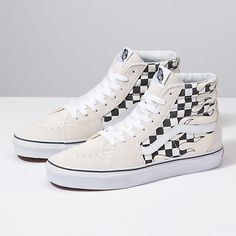 The Checker Flame combines the legendary lace-up high top with canvas and suede uppers featuring a checkerboard flame print, re-enforced toecaps to withstand repeated wear, padded collars for support and flexibility, and signature rubber waffle outsoles. Sneakers Mode, Classic Sneakers, Vans Sneakers, Converse Shoes, Vans Damier, Top Shoes, Me Too Shoes, Women's Shoes, Vans Shoes Fashion