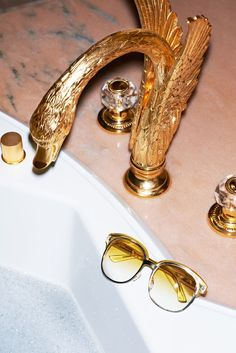 Gold Swan Faucet For Bathroom Anja Rubik, Purple Fashion, High Fashion, Humble Abode, Interior And Exterior, Luxury Interior, Home Accessories, Kitsch, Interior Decorating