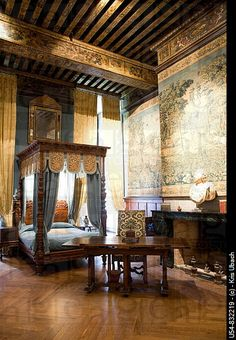 ♜ Shabby Castle Chic ♜ rich and gorgeous home decor - France. Loire Valley. Castle Room.