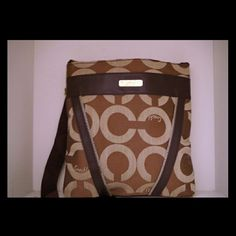 NEW Coach Purse Parents went to Jamaica where they picked this up for me as a present and I've never used it, only taken the tags off. Brand new condition and willing to negotiate the price. Coach Bags