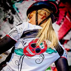 Short sleeve cycling shirt with a gipsy rose and a sweet sugar skull Gipsy Rose, Sport Fashion, Womens Fashion, Rose Shirts, Funky Design, Cycling, Glamour, Biking, Bicycling