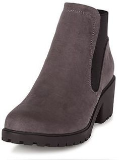 Womens rose brown chelsea boots from New Look - £24.99 at ClothingByColour.com