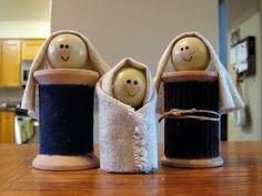 """Spool Doll Nativity - I must include a few projects related to the """"reason for the season."""" This cute little spool doll nativity group is perfect for anyone on your list with limited space"""