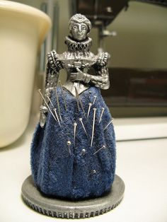 Because I like to sew Elizabethan clothing, Falashad once bought me a pincushion in the shape of an Elizabethan lady. Sewing Box, Sewing Tools, Sewing Hacks, Sewing Crafts, Sewing Kits, Vintage Sewing Notions, Antique Sewing Machines, Embroidery Tools, Embroidery Scissors