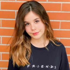 Luara Fonseca Wiki, Biography, Age, Boyfriend, Facts and Pretty 12 Year Olds, Kids Outfits Girls, Girl Outfits, Lisa Or Lena, Biography, Cute Kids, Dancer, Boyfriend, T Shirts For Women