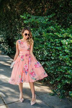 The perfect floral spring dress.
