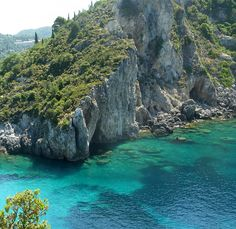 Beautiful Paleokastritsa by GoSouthEast, via Flickr. Book your Corfu holidays at corfu2travel.com !