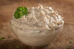 Creamy Tuna Spread - A little cream cheese makes all the difference in a tuna sandwich. In fact, it makes a sandwich spread so good and creamy you can use it for dipping crackers or chips. Pate Recipes, Tuna Recipes, Cookbook Recipes, Quick Recipes, Seafood Recipes, How To Make Tuna, How To Make Sandwich, How To Make Cheese, Tuna Spread Recipe