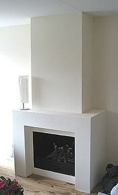 If you are looking to give your room a focal point or something to highlight it, look no further than the fireplace mantel that's already there. Many tend to leave their fireplace mantels bar… Living Room Decor Fireplace, Stone Fireplace Mantel, Family Room Fireplace, Fireplace Built Ins, Fireplace Remodel, Fireplace Mantle, Fireplace Design, Home Living Room, Scandinavian Fireplace