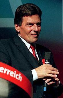 Viktor Klima (* 4. Juni 1947 in Schwechat bei Wien) ist ein österreichischer Manager und früherer Politiker (SPÖ). Von 1997 bis 2000 amtierte er als österreichischer Bundeskanzler und SPÖ-Vorsitzender. 4 Juni, Manager, Politicians, Austria, Fictional Characters