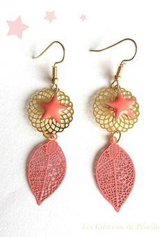 Boucles d'oreilles clips ou percées, plumes filigranées roses en métal, estampes rondes en forme de rosaces dorées, étoiles roses en email Epoxy Possibilité d'adapter en - 18315175