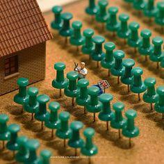 Dioramas and Clever Things: Miniature Life Miniature Photography, Toys Photography, People Photography, Creative Photography, Macro Fotografie, Miniature Calendar, Inspiration Artistique, Tiny World, Miniature Crafts