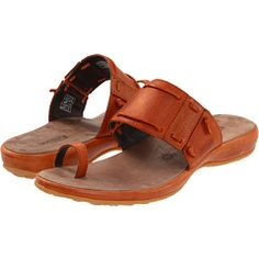 9d165d3d1ea37 It s almost sandal season. And I LOVE orange!! Emerald City
