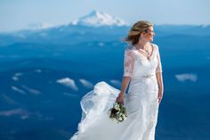 Lucky in love with golden sun and blue skies. Heather and Jeff had a gorgeous Spring wedding atop Mt. Hood at Timberline Lodge in the Silcox Hut. Jeff and his groomsmen raced on skis from the main …