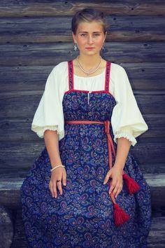 Russian Beauty, Russian Fashion, Russian Folk, Russian Style, Folk Fashion, Folk Costume, Historical Clothing, Costumes For Women, Traditional Dresses