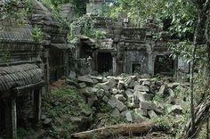 Beng Mealea stone blocks | Navutu Dreams www.navutudreams.com