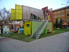 A arquitetura com container  cai bem em qualquer projeto, mas em sobrados fica melhor ainda. Abaixo uma coletânea inspiradora para você que...
