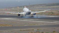 Canary Islands Spotting....Spotter: EC-MBD Vueling Airbus A320-214 Gran Canaria Spotti...