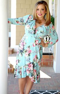 Look and feel your best with our trendy plus size clothing, with current fashion styles and trends to fit the curvy girls. Visit our site today!