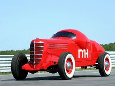 GAZ GL-1, the Russian Hot Rod repinned by www.BlickeDeeler.de If you like it have a look at http://pinterest.com/blickedeeler/motorized-vehicles-cars-trucks-bikes-and-more/