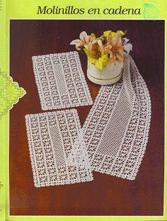 "Photo from album ""ааа Рукоделие"" on Yandex. Diy Crafts Crochet, Crochet Art, Crochet Home, Thread Crochet, Free Crochet, Crochet Table Runner Pattern, Crochet Doily Patterns, Afghan Stitch, Basic Embroidery Stitches"