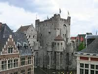Gent, Belgium (Wyatt and Kynnlee loved this castle. Places Ive Been, Places To Visit, Ghent Belgium, Travel Bugs, Vacation Spots, Barcelona Cathedral, Explore, Spaces, White Queen