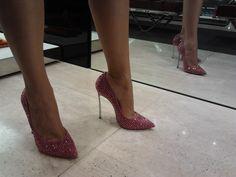 Image issue du site Web http://www.shoeplay.it/wp-content/uploads/2013/07/2013-07-18-11.24.32.jpg