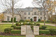 Luxury homes in Winnetka IL