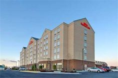 Hilton Garden Inn Richmond South/Southpark Colonial Heights (Virginia) Next to the Southpark Mall and within 5 km of Fort Lee and Virginia State University, this hotel in Colonial Heights offers comfortable guestrooms with free high-speed internet access.