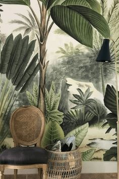 A TROPICAL PARADISE AWAITS Splash your walls palm trees and fronds for a quick and easy way to take a mini vacay without ever leaving home.  PHOTO: Annabo #floralwallpaper #wallpaper #wallcovering  #interiordesign #marciamooredesign #marciamooredesignblog  #allthebestm