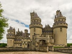 Pierrefonds Castle In France by Mountain Dreams Virtual Travel, Virtual Tour, Monuments, Medieval, Savage Worlds, Château Fort, Oise, Royal Life, Beautiful Castles