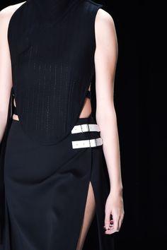 Soft armour top & skirt; monochrome fashion details // Vera Wang Fall 2016