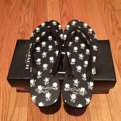 Coach flip flops Brand New ! with box ! Coach Shoes