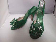 1950's green velvet & diamonte shoes Rayne. @vintageclothin.com