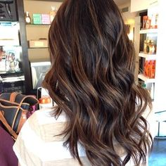 Balayage hair color ideas to give a new look. Top Balayage hairstyles for natural dark long black hair. Blonde and dark hair color ideas. Balayage hairstyle ideas for longer dark hair color. Top best hairstyles with dark black hair color ideas. Subtle Balayage, Balayage Hair, Balayage Highlights, Balayage Brunette, Color Highlights, Brown Bayalage, Dark Brown Hair With Caramel Highlights, Ombre Brown, Balyage On Black Hair
