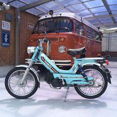 Liked on InstaGram: - Bus friend came to my house by a TOMOS. Nice color. :-) 近所のバス友がモペッドに乗って遊びに来てくれた。(^_^) - #VolksWagen #VW #OldVW #AircooledVW #VWbulli #Type2  #BUS #LateBus #Baywindow #WESTFALIA #VWwesty #VWCamper #CampMobile #Camper #VWバス #ワーゲンバス #タイプ2 #ウエストファリア #ウエスティー #キャンピングカー #キャンパー #レイトバス #アーリーバス #ゴキゲンワーゲン #TOMOS #トモス